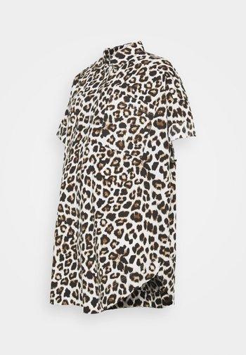 PCMSILLU NEW OVERSIZED SHIRT - Button-down blouse - black