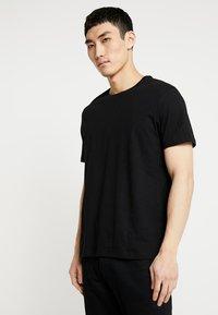 Burton Menswear London - BASIC CREW 7 PACK - Camiseta básica - multi colour - 2