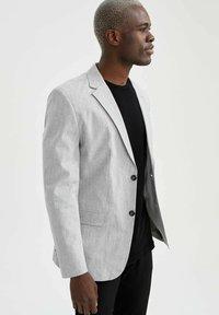 DeFacto - SLIM FIT - Blazer jacket - grey - 4