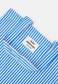 Mads Nørgaard - SOFT ATOMA - Tote bag - blue/white - 3