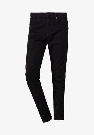 MISMATCHED STRUMMER - Slim fit jeans - darkest black