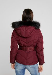 Guess - PETRA JACKET - Dunjakke - martina red - 2