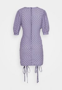 NEW girl ORDER - GINGHAM RUCHED MINI DRESS - Etuikjoler - purple - 1