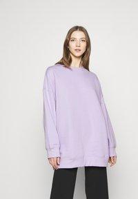Monki - Sweatshirt - purple - 0