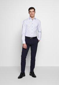 Eterna - HAI-KRAGEN SLIM FIT - Formal shirt - blue - 1