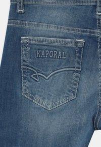 Kaporal - PILOW - Shorts vaqueros - blue denim - 3