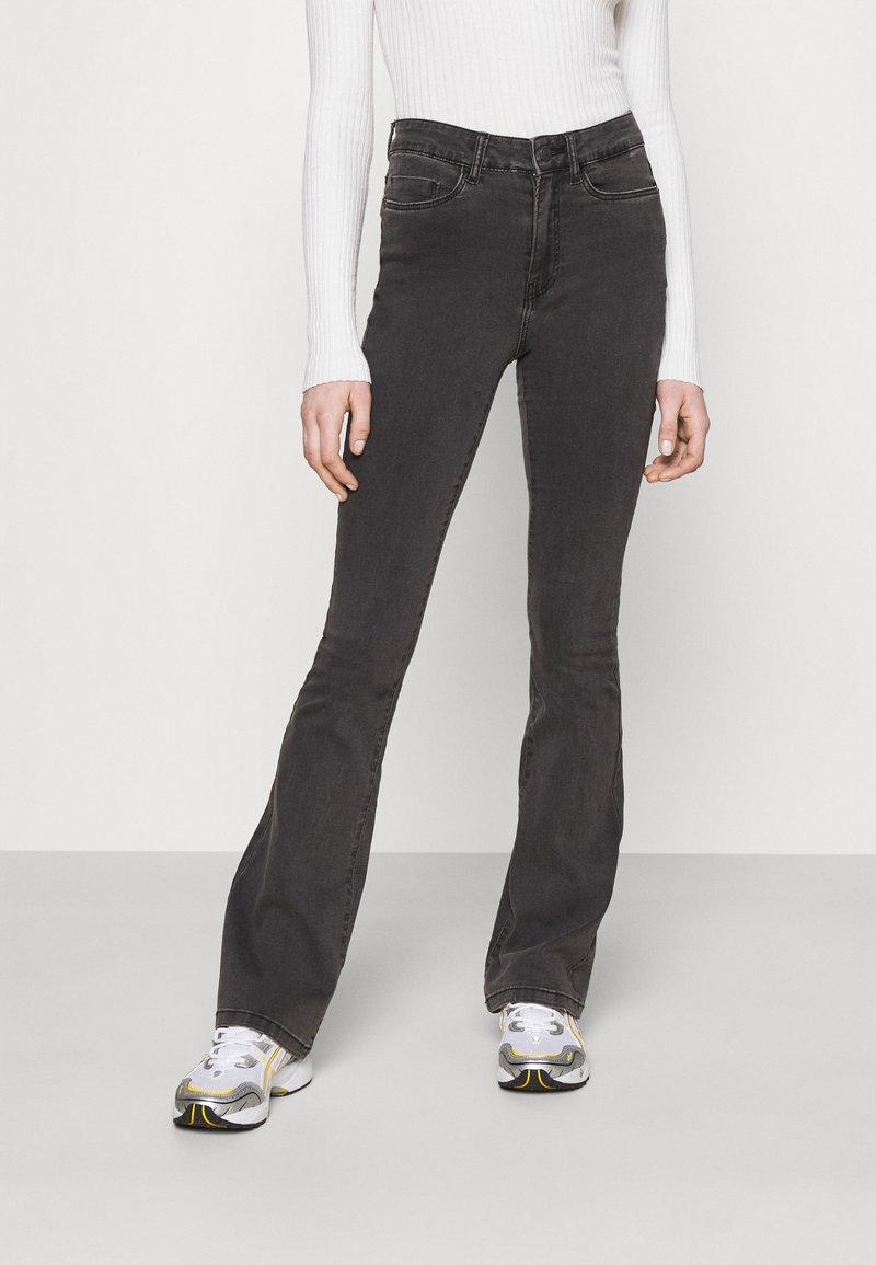 Noisy May - NMSALLIE  - Široké džíny - dark grey denim