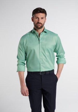 COMFORT - Formal shirt - pastellgrün