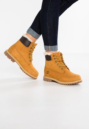 6 INCH PREMIUM  - Lace-up ankle boots - wheat