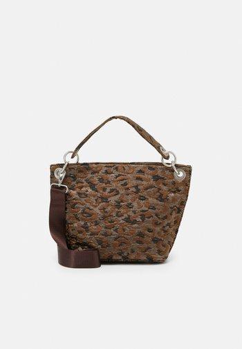 NEAT LEOPARD - Handbag - silver/brown/multi