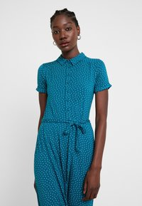 King Louie - MIDI DRESS LITTLE DOTS - Jerseykjole - lapis - 4