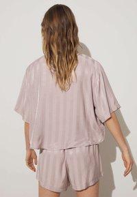 OYSHO - JACQUARD - Pantaloni del pigiama - mauve - 1
