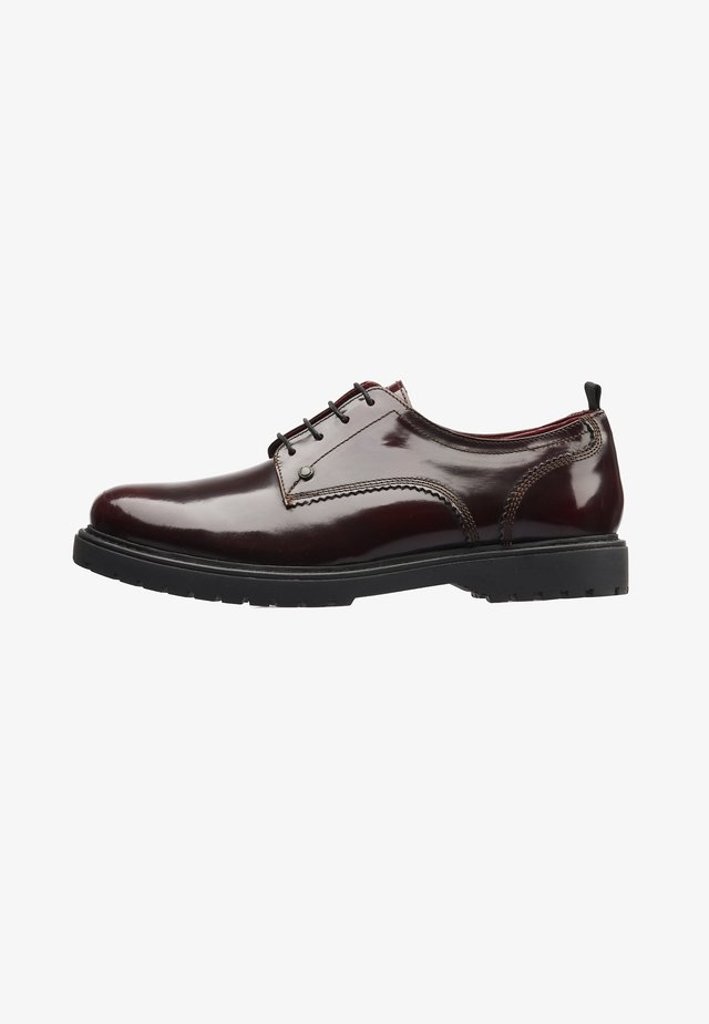 Derbies - bordo