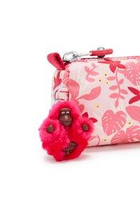 Kipling - Pencil case - pink leaves - 5