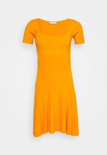 Neulemekko - orange