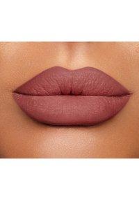 Charlotte Tilbury - LIP CHEAT - Lip liner - pillowtalk medium - 1