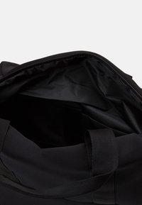 Capezio - SIGNATURE - Sac à dos - black - 3