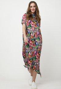 Madam-T - ADELINARA - Maxi dress - schwarz rosa - 1