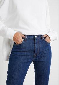 J.LINDEBERG - RODE RINSE - Slim fit jeans - mid blue - 3