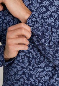 Pier One - Košile - dark blue - 5