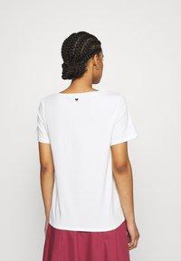 WEEKEND MaxMara - TRACIA - T-shirt imprimé - weiss - 2