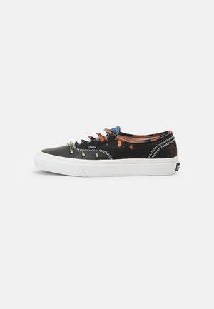AUTHENTIC - Sneakers - multi/acid dye