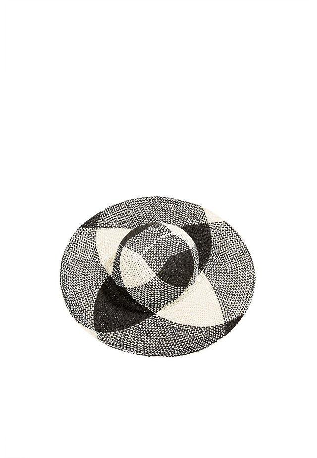 PATTLARGBRIMHAT - Hat - black