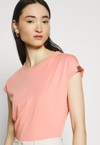 Ragwear - DIONE - Basic T-shirt - coral - 4