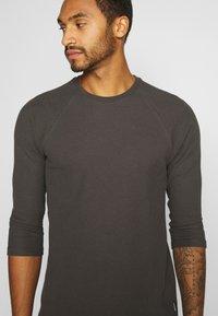YOURTURN - UNISEX - Long sleeved top - dark gray - 5