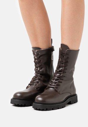 KRISHA LACED BOOT - Lace-up boots - dark oak
