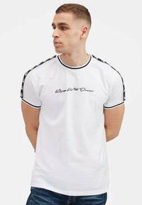Kings Will Dream - DENSON - Print T-shirt - white navy - 5