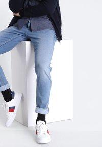 BONOBO Jeans - MIT 5 TASCHEN - Jeans slim fit - denim used - 3