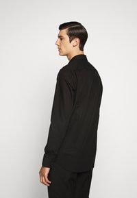 HUGO - KOEY - Formal shirt - black - 2