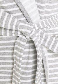 Anna Field - STRIPE FLANNEL BATHROBE  - Dressing gown - grey/white - 5