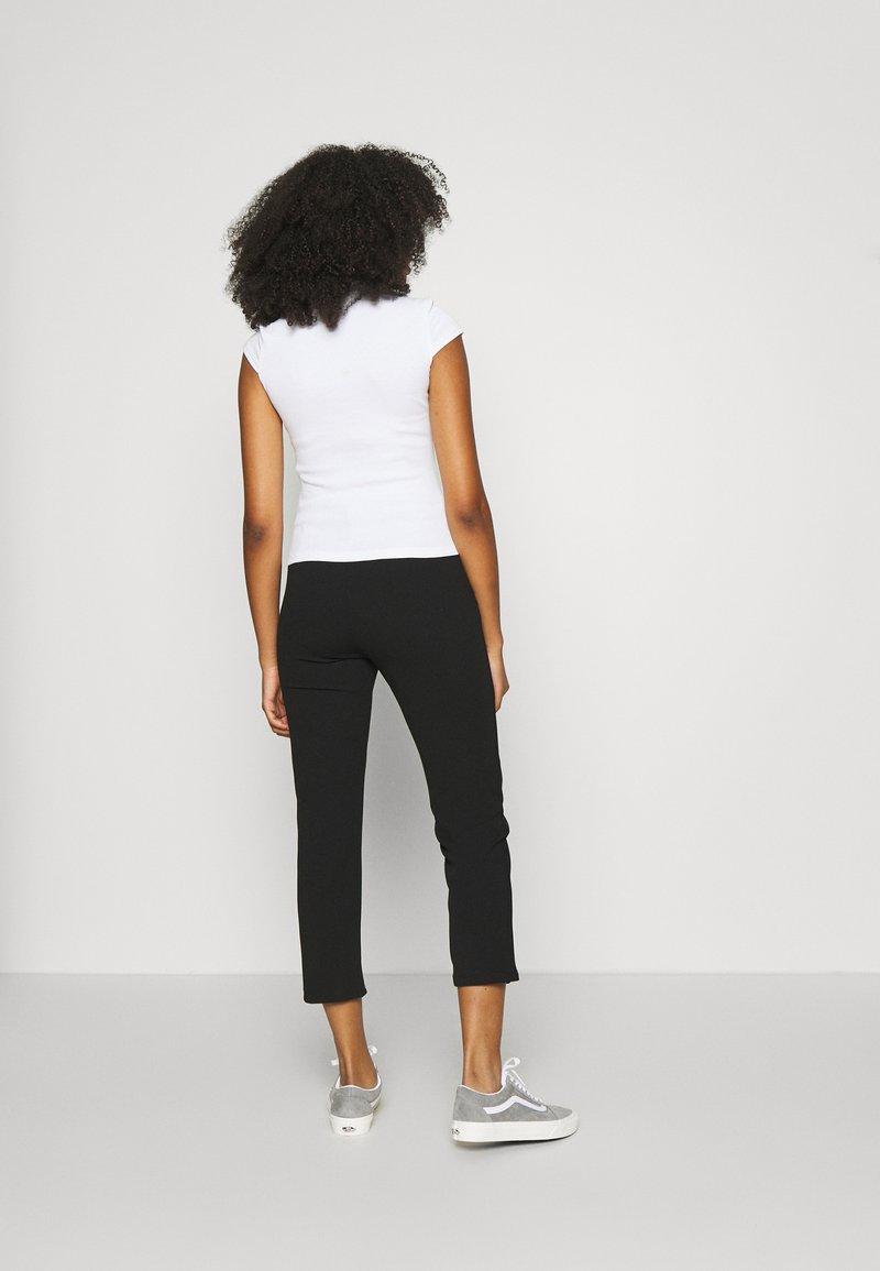 Even&Odd T-Shirt basic - white/weiß wfN7Js