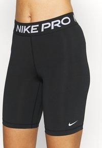 Nike Performance - 365 SHORT - Tights - black/white - 4