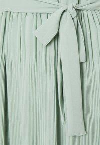 VILA TALL - VIKATELYN HALTERNECK DRESS - Robe longue - jadeite - 2