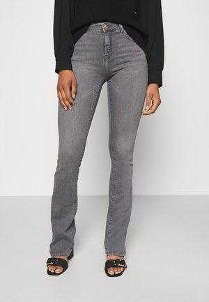 ONLHUSH LIFE MID FLARED - Jeans Skinny Fit - grey denim