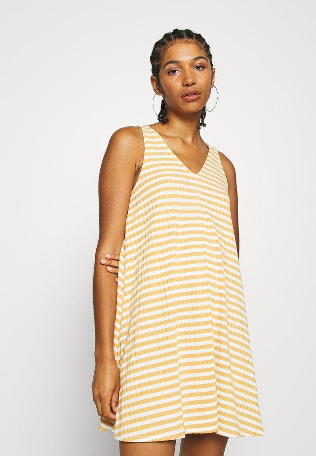 EASY SIWING DRESS - Jersey dress - yellow