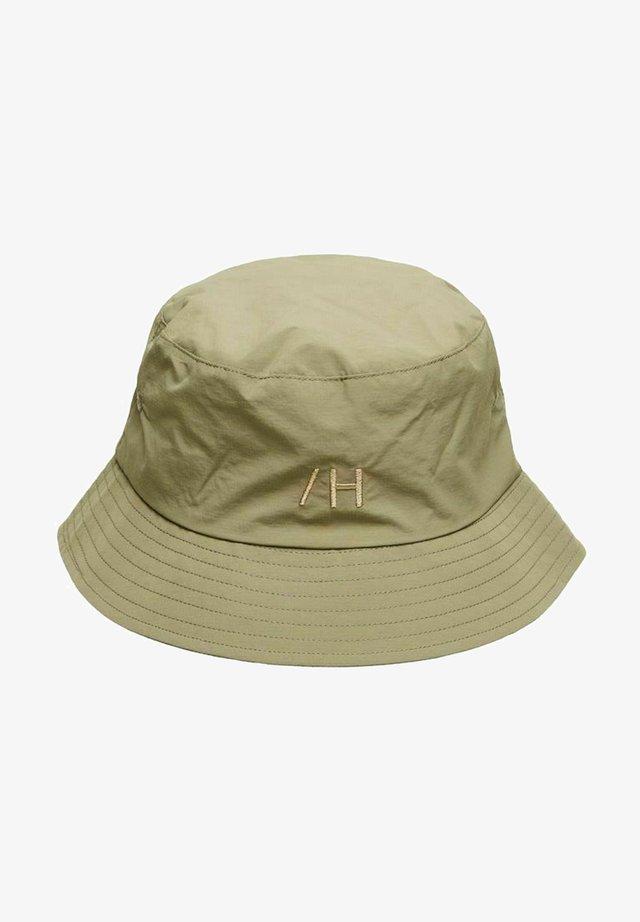 Cappello - capers