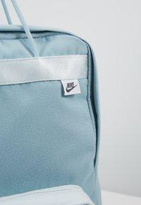 Nike Sportswear - TANJUN UNISEX - Reppu - ocean/ghost aqua/gridiron - 6