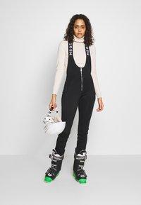 Missguided - SKI SALOPETTES - Pantaloni - black - 1