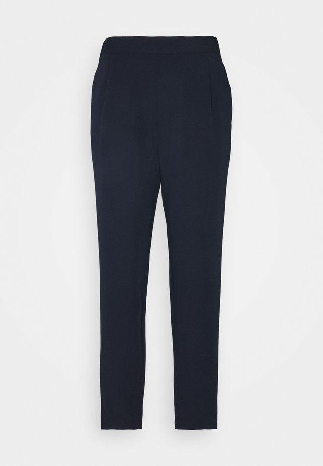 NUBAYLOR PANTS - Pantalon classique - dark sapphire