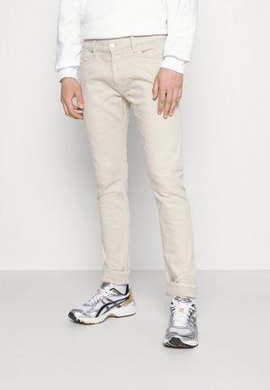 D-LUSTER - Slim fit -farkut - off white