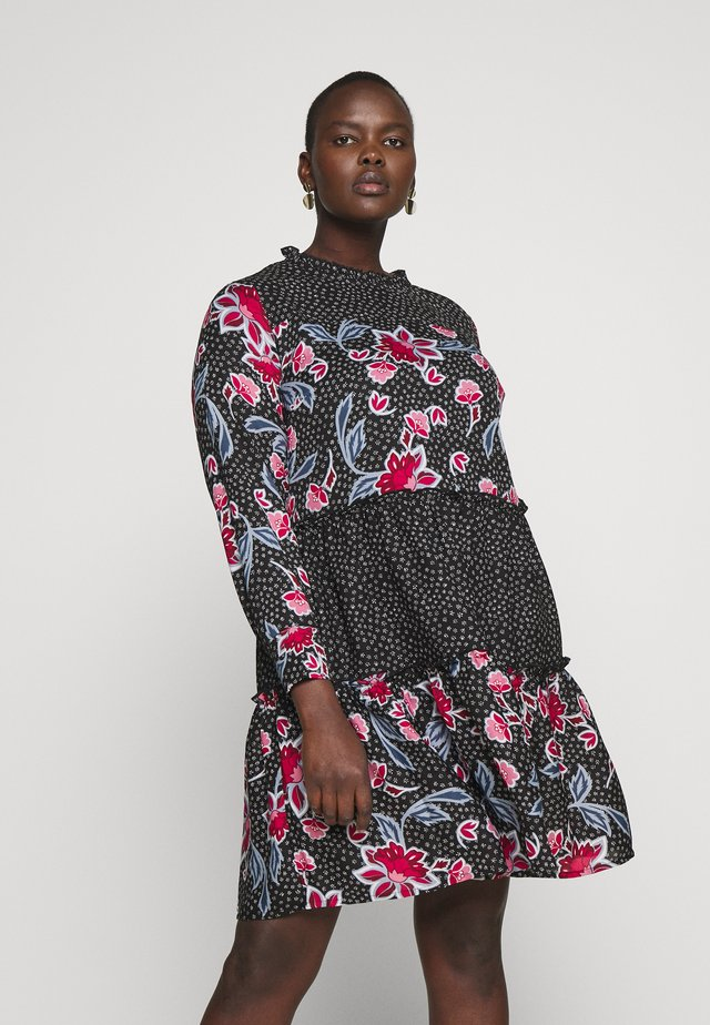MIXED PRINT TIERED SMOCK - Day dress - print