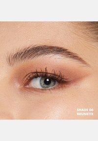 Nyx Professional Makeup - MICRO BROW PENCIL - Eyebrow pencil - 6 brunette - 2