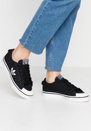 NIZZA TREFOIL - Trainers - clear black/footwear white/crystal white