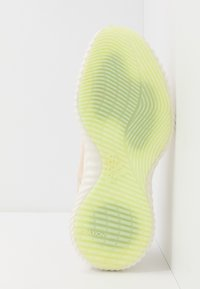 adidas Performance - ALPHABOUNCE TRAINER  - Sportovní boty - core white/glow green - 4