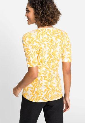 MIT BAMBUS-PRINT - Print T-shirt - gelb