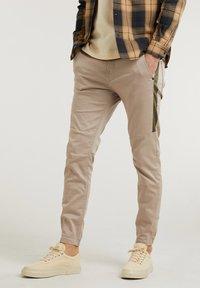 RESA.L MADRID - Kalhoty - beige